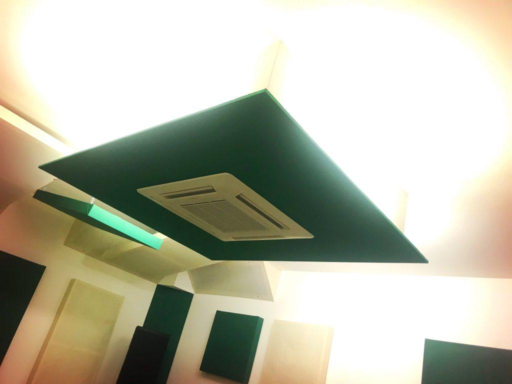 Veletta illuminazione con climatizzatore
