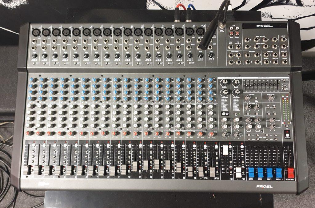 noleggio impianti audio e luci